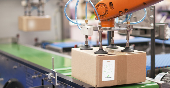 3 Ways RTLS Enhances Manufacturing Warehouse Operations