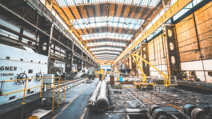 Real-Time Material Handling with Location Data