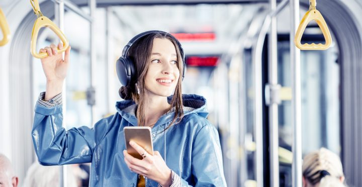 Contactless Payment in Public Transport with Bluetooth Beacons